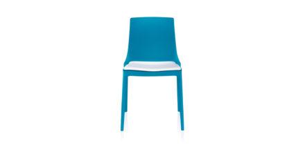Twin 3102 blauw met witte stoel